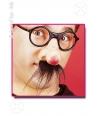 Ochelari cu nas rosu si mustata